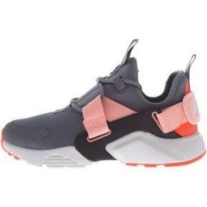 Nike New! Women's Air Huraches, Sz.10.5, NWOT$59